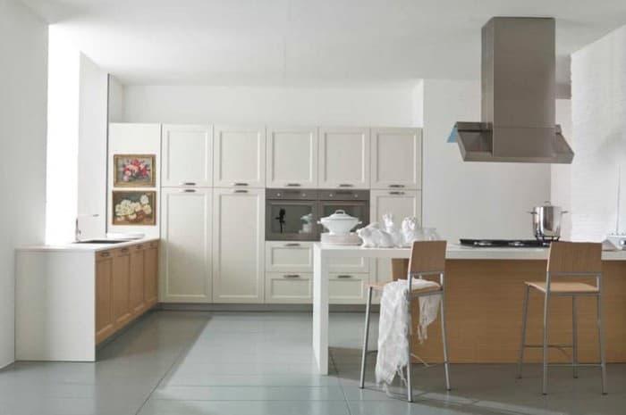 cucina-in-legno-moderna-di-colore-bianco