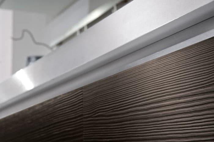 cucina-moderna-dettaglio-finiture-in-legno