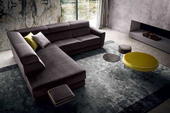 divano-moderno-ampio-color-marron-scuro3
