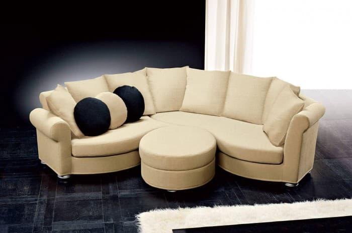 divano-moderno-color-beige-a-semicerchio