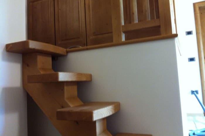 scala-in-legno