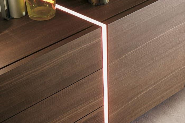 mobilia-soggiorno-stile-moderno-con-led