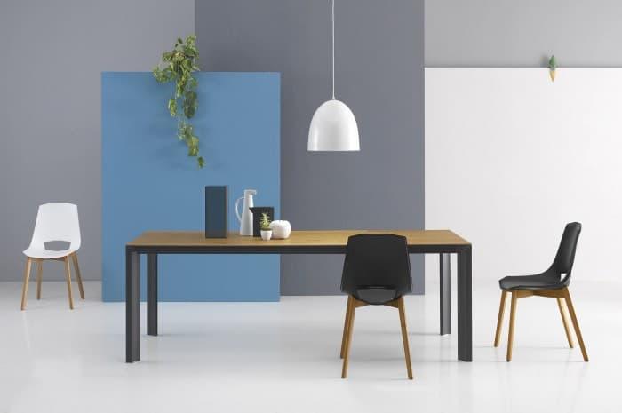tavolo-moderno-lineare
