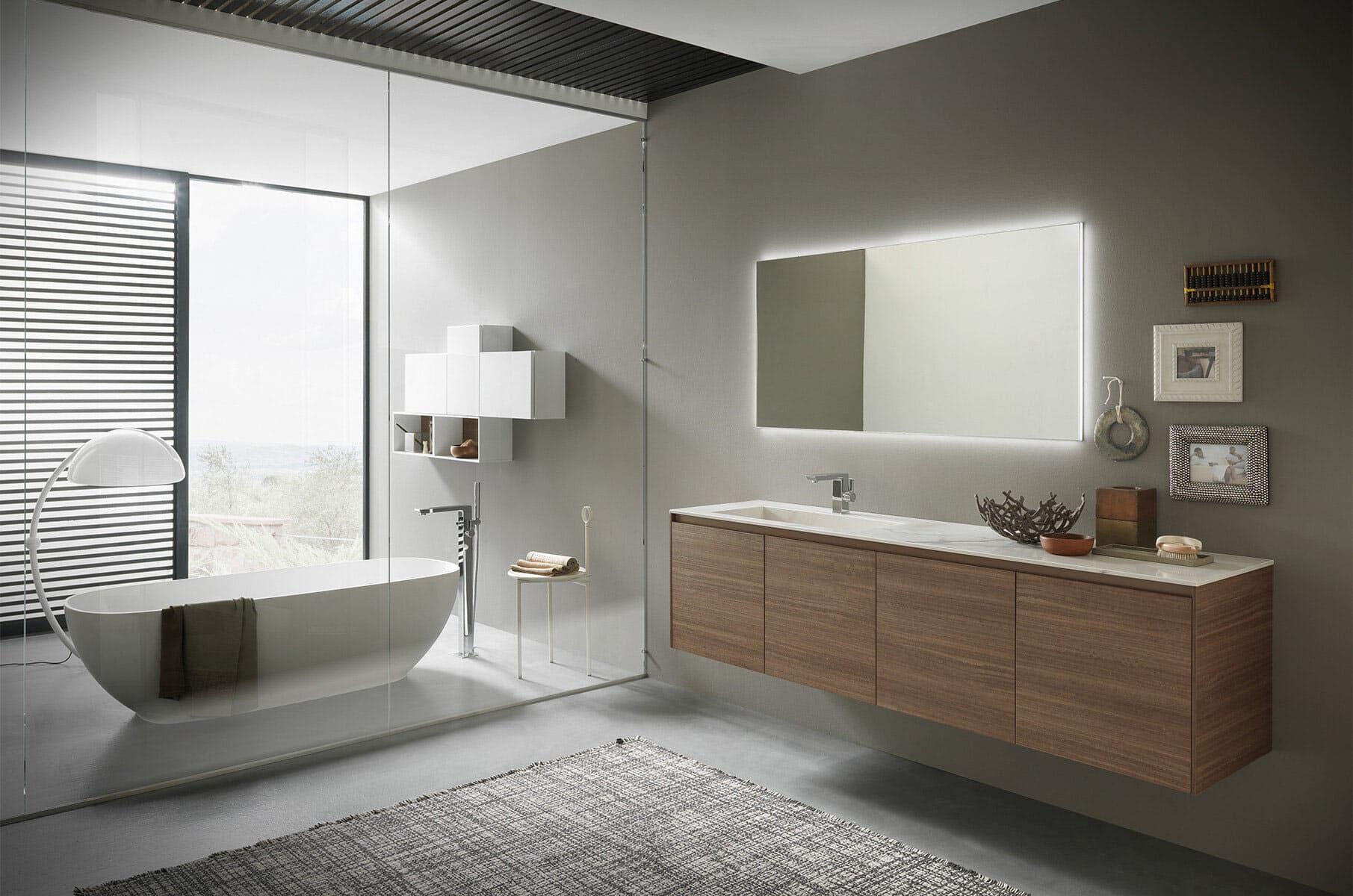Bagno Moderno Con Vasca Da Bagno : Box doccia vasca bagno moderno con vasca e box doccia in