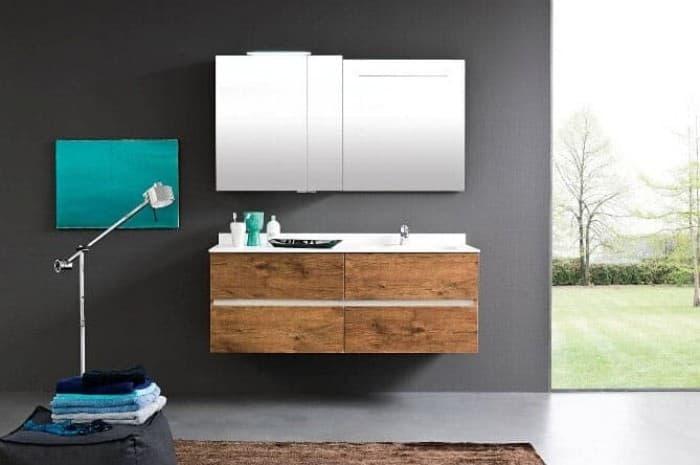 bagno-moderno-con-elementi-in-legno-e-colore-verde